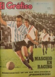 Maschio tapa de El Gráfico la tarde de su regreso. Será la primera que la popular revista le brindará a Racing.
