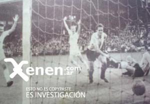 Federico Vairo le pega a la pelota con bronca. Los checoslovacos festejan. Seis goles. Una derrota que cambió el fútbol argentino.