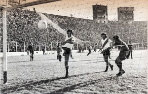 15 de octubre de 1972. El Super Clásico más emocionante de la historia. Ganaba Boca 4 a 2. Terminó ganando River 5 a 4.