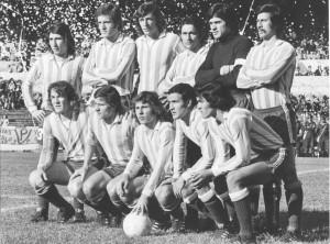 Racing 1973. Ni un atisbo del Equipo de José: Salvatierra, Fillol, Troncone, Dominguez, Garcia Sangeís, Nogera, Rivadero, Trossero, Squeo, Scotta.