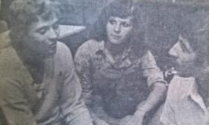 Orte y su mujer, Marisa, en la redacción de Crónica. Año 1979.