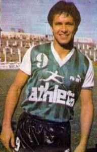 Maximiliano Cincunegui el gol de Deportivo Armenio.