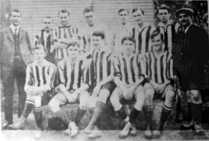 Ultima función para Alumni, quién en 1911 derrotó a Porteño en el desempate final.