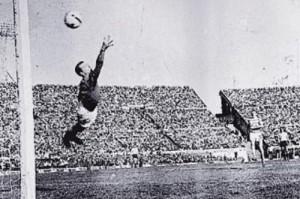 John Fallon volará hasta el final de los días y nunca llegará. Argentina campeón junto a la Academia.
